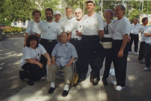 2002 Wang Yen-nien and students1